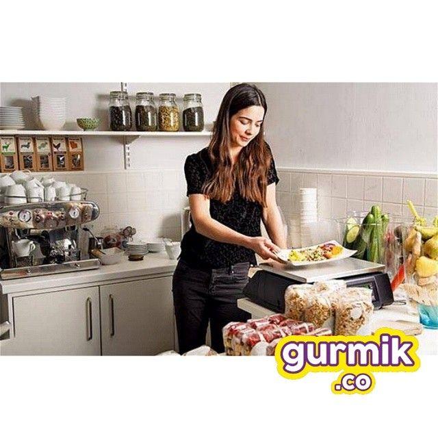 Mutfakta gıda güvenliği için… - Elleriniz dahil mutfakta bulunan her şeyi temiz tutun. - Gıdalara çıplak elle temas etmekten kaçının. - Çiğ ve pişmiş gıdalar için ayrı servis malzemeleri...