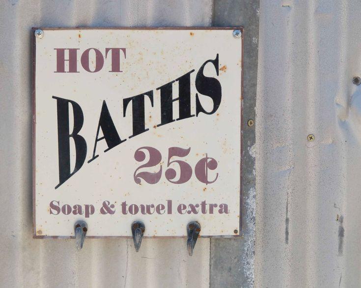 Bathroom decor hot baths 25c fine art photography for Country living bathroom accessories