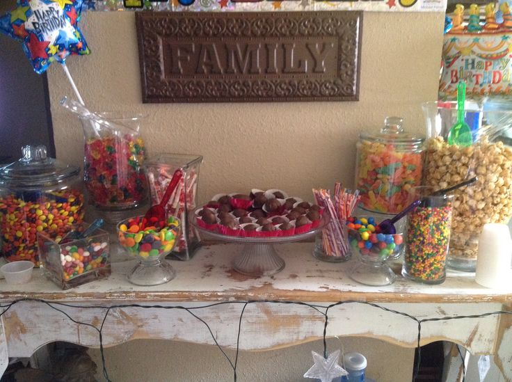 My son 39 s 18th birthday candy bar birthday party ideas for 18th birthday decoration