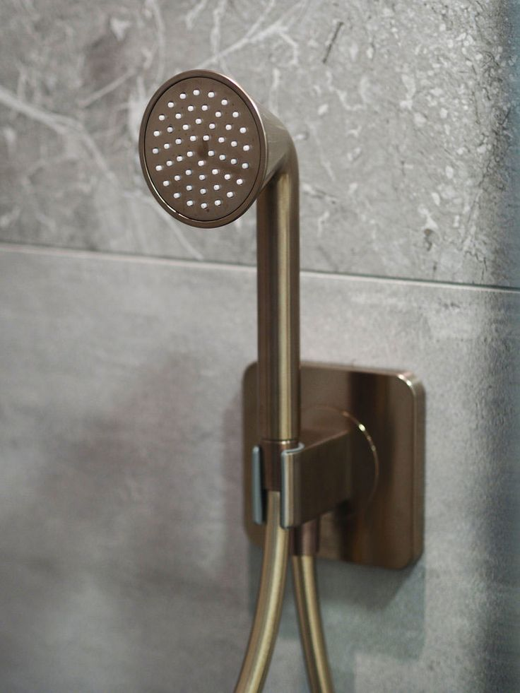 Image from Sarah Akwisombe blog. C.P. hart Waterloo showroom #luxurybathrooms #bathrooms #bathroominspiration