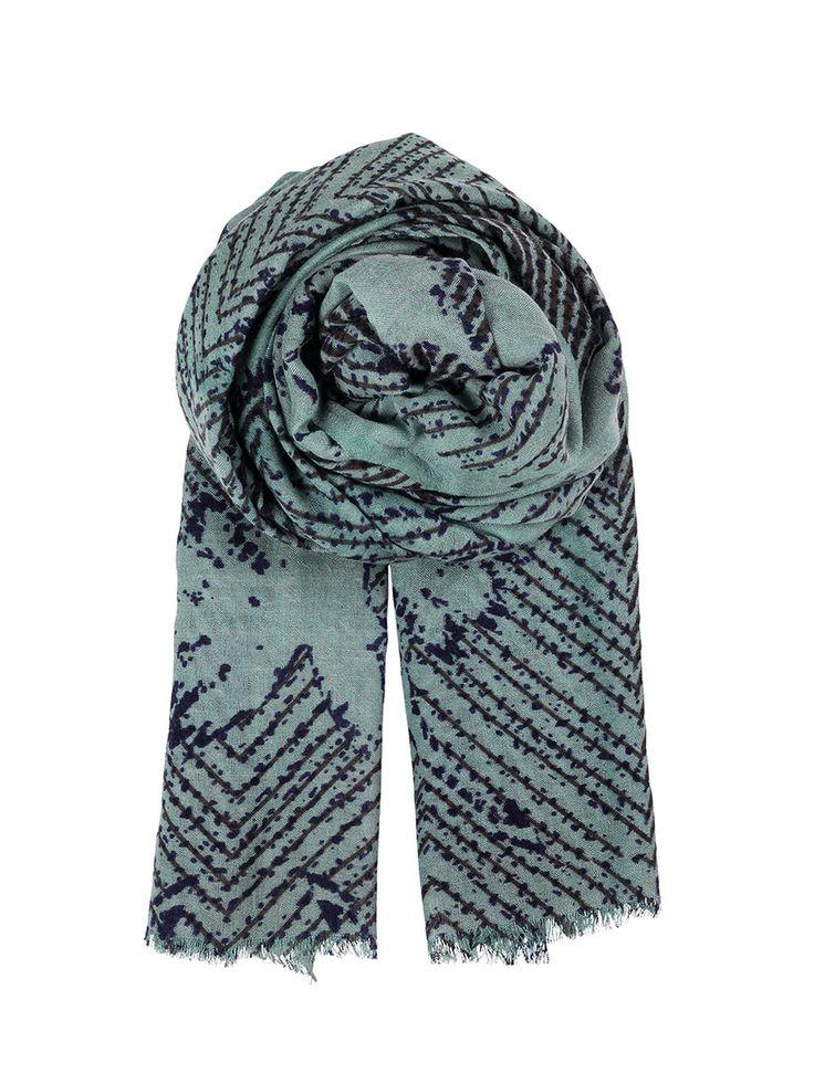 BeckSöndergaard - Broken Trangles #scarf Dovesky DKK 499.- (66€) #Becksondergaard #scarf #fashion