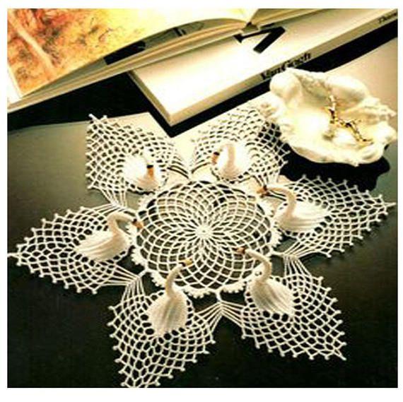 Vintage 1970s Swan Pineapple Doily Crochet Pattern Wedding 3d