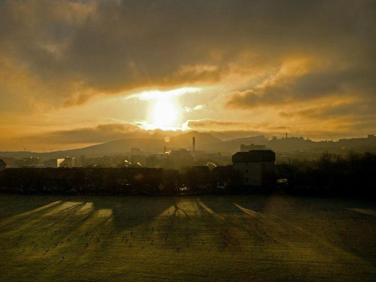 https://flic.kr/p/5F9XyU | Rear Window 29/11/08 | Taken From The Rear Window.