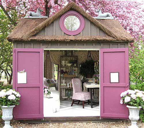 Living Beautifully: In this gorgeous garden house for a studio, artist workshop, garden work, etc