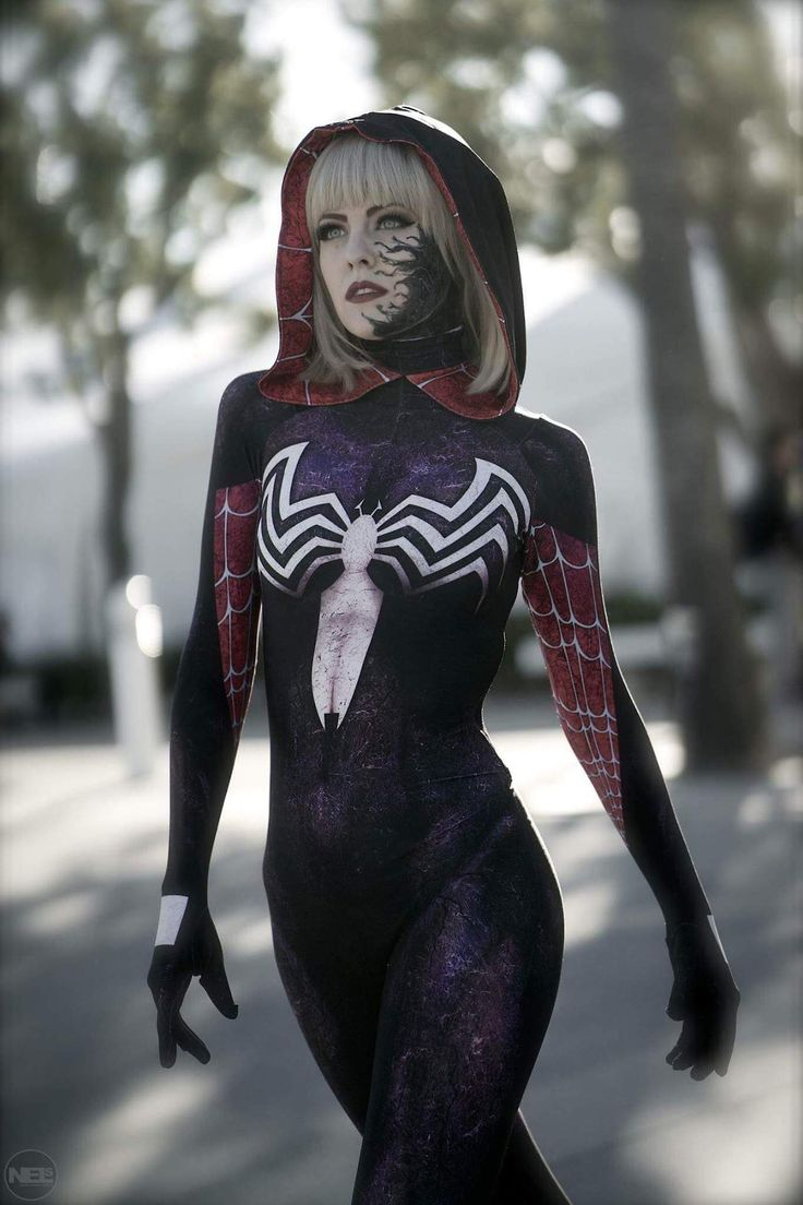 Cosplayer: Maid of Might Cosplay. Country: United States. Cosplay: Gwenom from Marvel Comics. Photo by: Nels Photography. https://m.facebook.com/MaidOfMightCosplay/