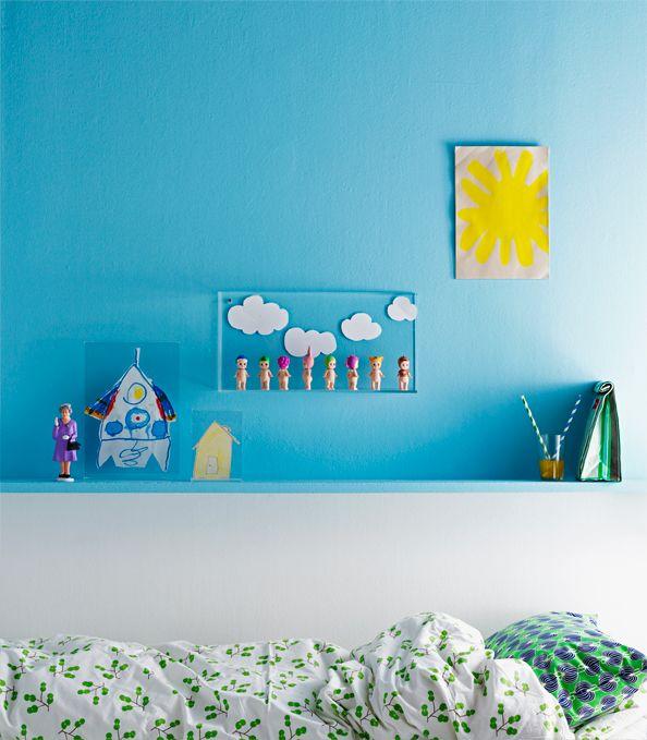 Transparent frames in children's room. Styling Anna-Kaisa Melvas, photo Piia Arnould for Glorian Koti.