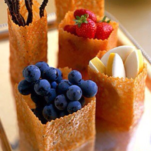 Homemade edible baskets- super cute!