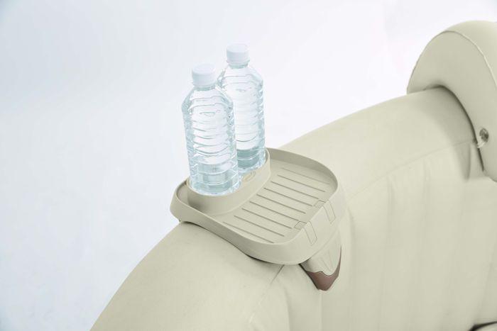 Plus besoin de se sortir de son spa ! Gardez vos boissons à portée de main grâce au porte-gobelets Intex.  #spa #intex #gonflable #accessoire