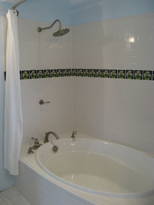 Soaking Tub And Shower In One.practical And Affordable.