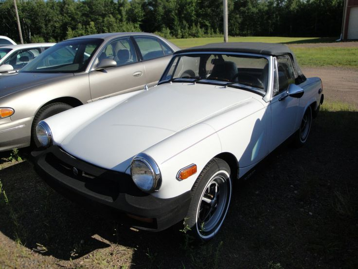 1977 - MG Midget - front side