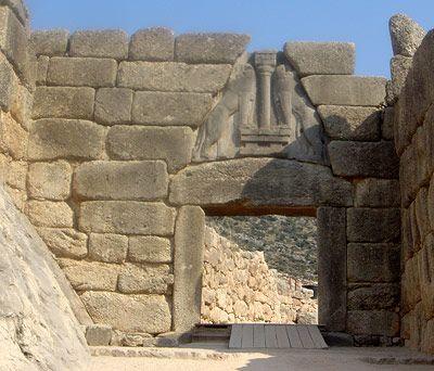 Das Löwentor von Mykene, einer der Hochkulturen am Mittelmeer vor rund 3.200 Jahren