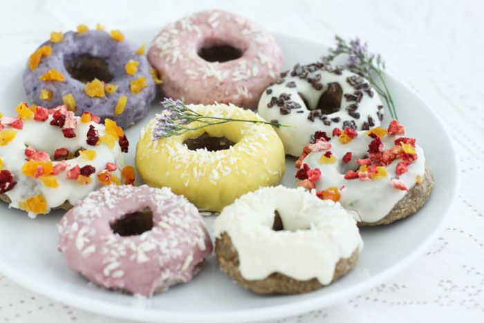 raw vegan donuts: Raw Desserts, Raw Donuts, Doughnut, Raw Vegans, Vegans Donuts, New Years, Donuts Recipes, Raw Food, Rawfoods