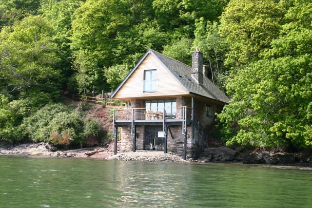 photo of Holiday cottages in Stoke Gabriel, South Hams, Devon | Sandridge Boathouse sleeps 4 for year 2014 | Helpful Holidays