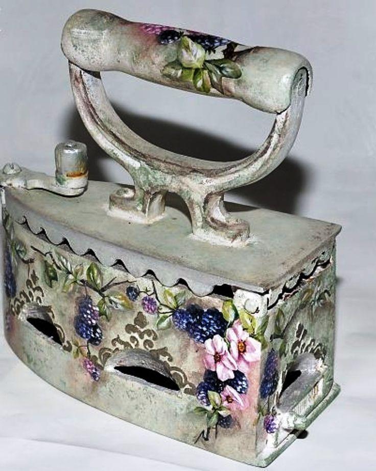enchanted-barnowlkloof:  Beautiful old iron