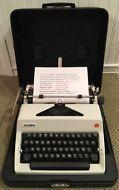 VTG 1977 Olympia SM9 Typewriter Rare Cursive w/ Spanish Keys & Case Germany MINT