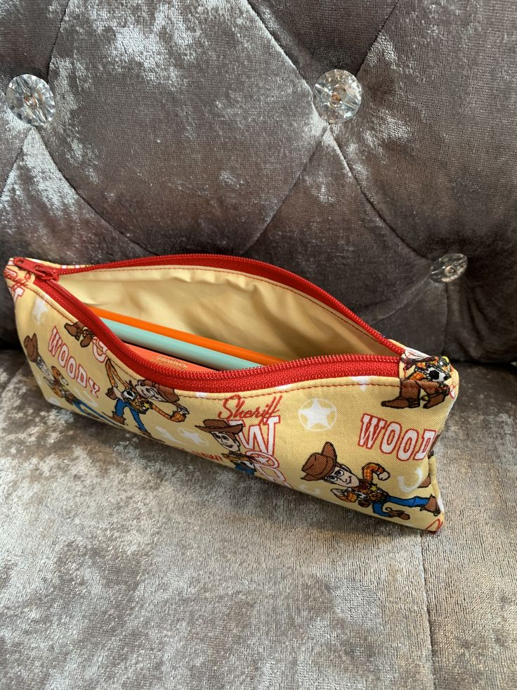 Woody zip pouch in 2020 Zip pouch, Pouch, Bags