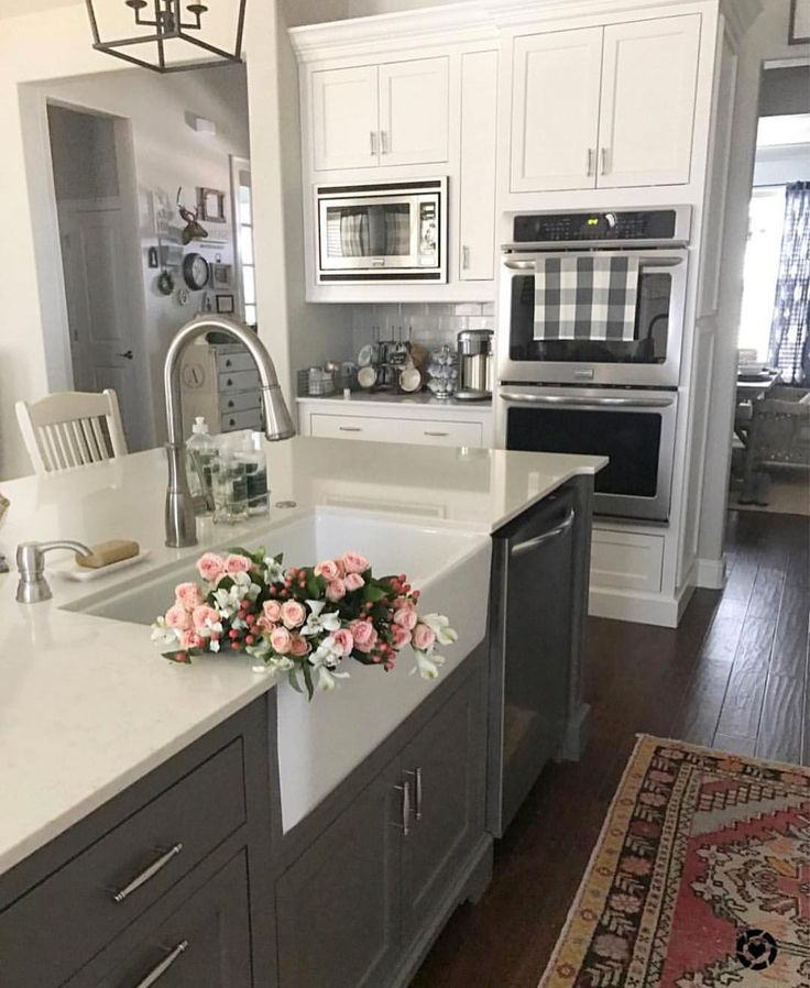 """6,681 Likes, 124 Comments - sarah elizabeth (@ourvintagefarmhouse) on Instagram: """"Farmhouse sinks and flowers!  Makes me happy!! @ourvintagenest has one beautiful house! It's one…"""""""