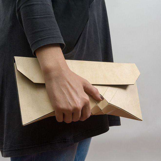 Pochette en bois, par Tesler + Medelovitch, un duo de designers basé à Tel-Aviv – Fubiz™