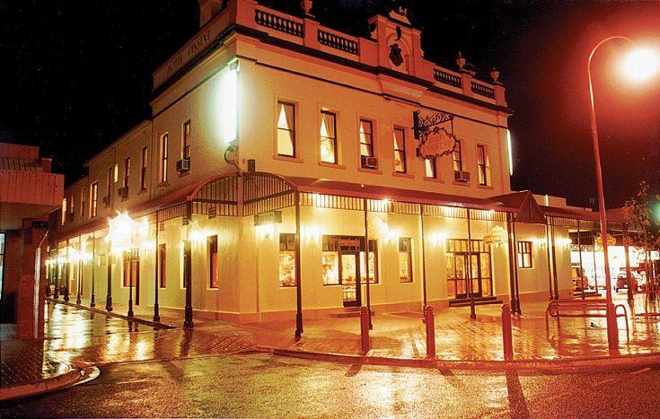 VICTORIA: Pinsent Hotel, Wangaratta