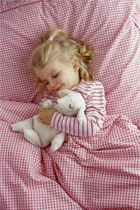 Παιδί και ύπνος: Στο κρεβατάκι του χωρίς κόπο