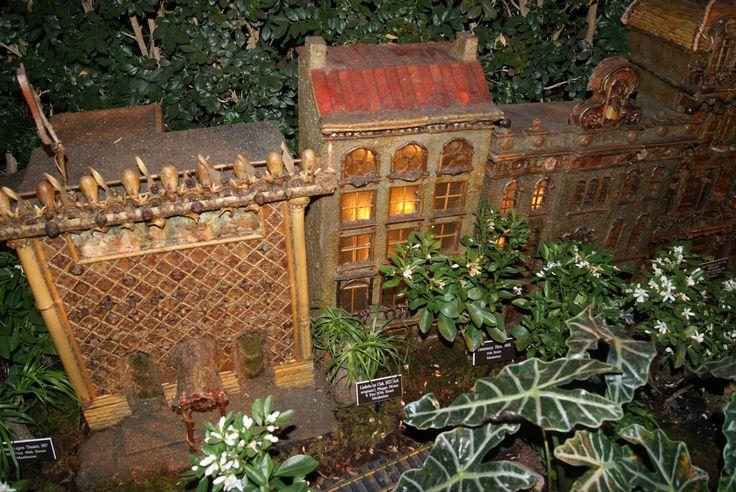 Holiday Train Show At Botanical Gardens Bronx Ny Ny 400 x 300