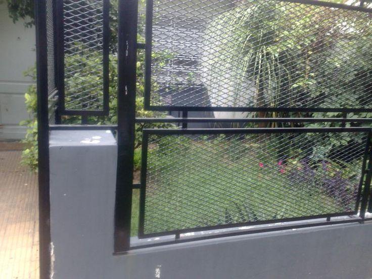1000 ideas about ventanas con rejas on pinterest rejas - Malla para balcones ...