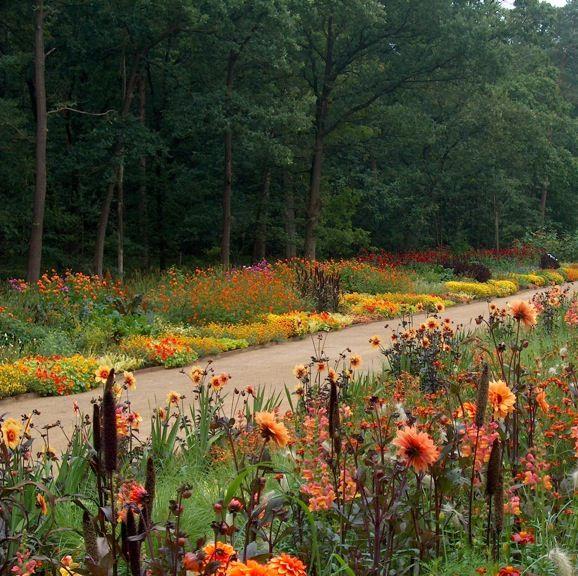 Royal Mile por la paisajista holandesa Jacqueline van der Kloet. Experta en bulbos.