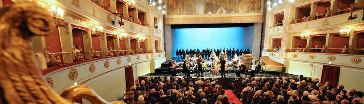 Fondazione Pergolesi Spontini - Stagione Teatrale Jesi 2013/2014 - Teatro Pergolesi