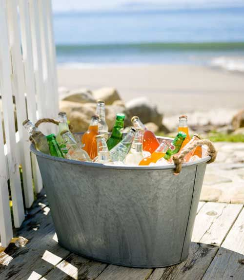 Great way to store drinks at a #beach party!