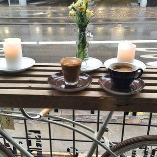 Heritage Coffee and Bikes: Kærlighed til kaffe … og cykler!