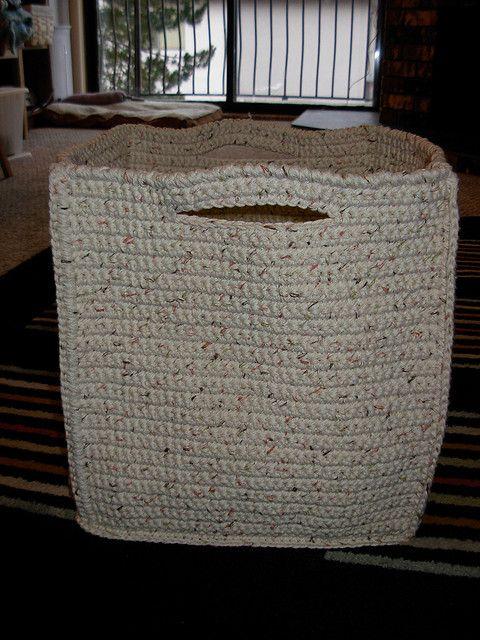 Crochet Basket - Tutorial - Crochet basket to hold all my crochet stuff.... GENIUS!! Yeah right, in my dreams