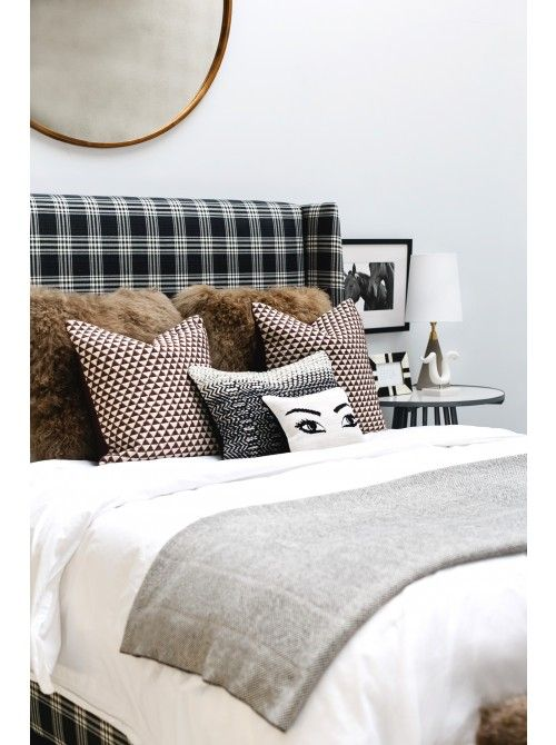 Best 25 Mirror headboard ideas only on Pinterest  Mirror furniture Grey bedrooms and Grey
