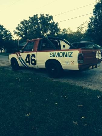 1985 Nissan Pick up in the BRE paint scheme cool! For Sale $1300.00