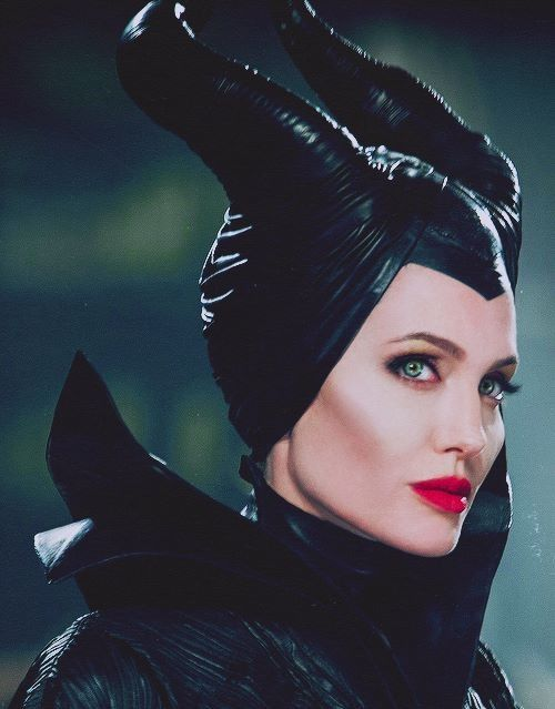 -I really feel quite distressed not to receive an invitation. -You're not welcome here. - Oh dear, what an awkward situation. #Angelina jolie #maleficent