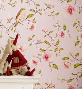 Eijffinger Behang - Collectie Un Bisou - art.nr. 310011Het behang is natuurlijk perfect voor een romantisch interieur. Maar ook in een modern, stoer landelijk of boh�mien chic interieur misstaat dit behang niet