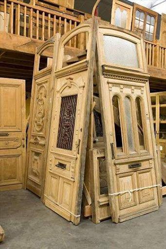 25 Best Ideas About Old Doors On Pinterest Old Door Projects Repurposed Doors And Door