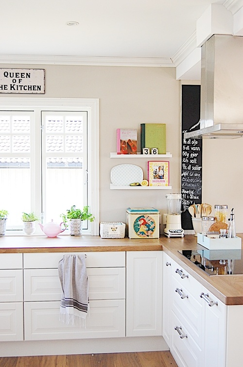 so light and open! love it. kitchen without upper cupboards - dream come true!!