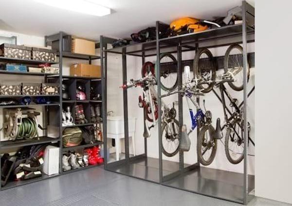 20 Super Idees De Rangement Pour Avoir Un Garage Toujours Impeccable Idee Rangement Rangement Velo Garage Et Rangement
