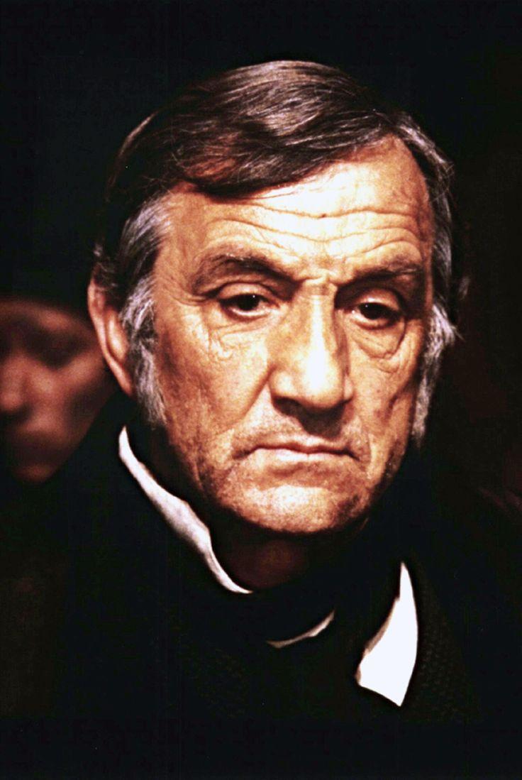 Lino Ventura (Jean Valjean) - Les Misérables, 1982