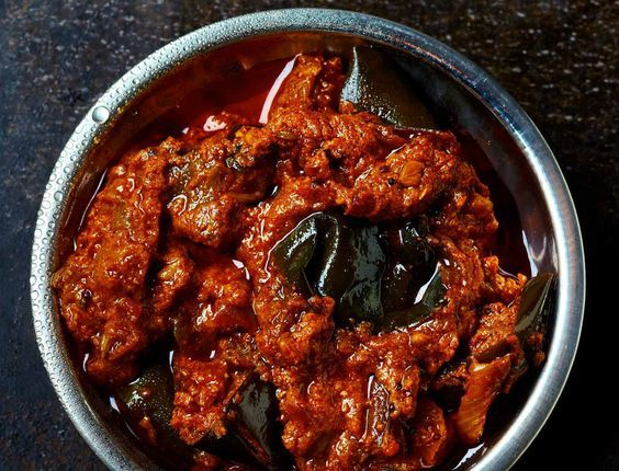 Avec les lectrices reporter de Femme Actuelle, découvrez les recettes de cuisine des internautes : Curry d'aubergines (recette indienne)