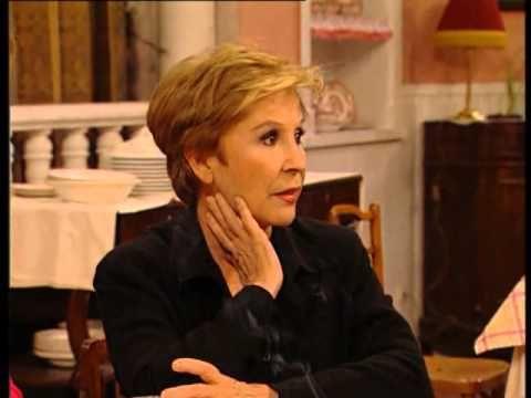 """▶ Lina Morgan - """"Hostal Royal Manzanares""""- Capítulo 2 - """"Luces y sombras de la ciudad"""". -"""