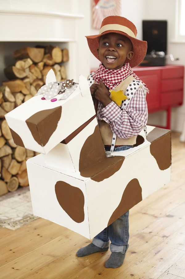 Cow costume for children, made out of cardboard boxes.