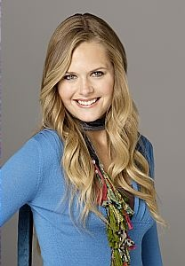 Becca Thompson, the waitress at Jersey's Diner, and love interest. (cast as Maggie Lawson) - Bones for the Feast