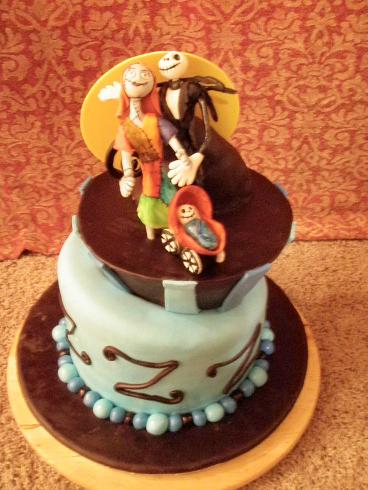 Nightmare before Christmas Baby shower cake - Perfect cake for the couple of honor.