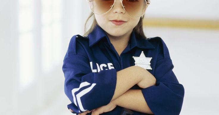 Disfraz de policía hecho en casa