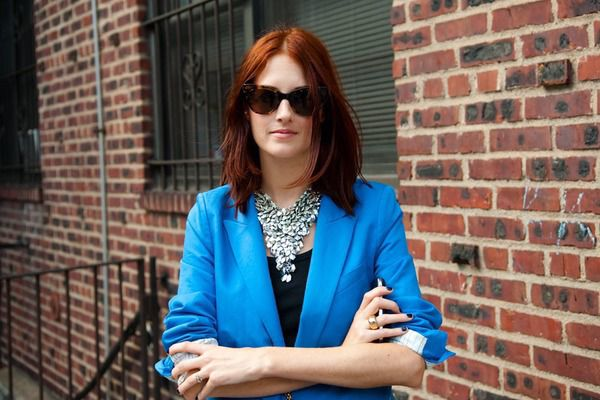 IT GIRL TAYLOR TOMASI HILL - Cranberry Chic