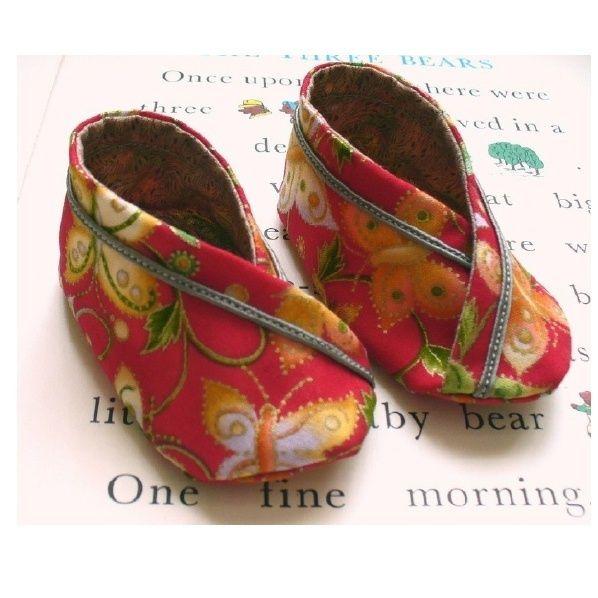 Felt Baby Shoe Pattern - Matryoshka Doll - DIY Craft Project
