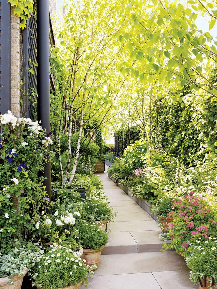 Bette Midler's Light-Filled Manhattan Penthouse and Lush Garden Photos | Architectural Digest