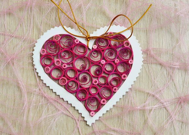 Valentine's Day craft idea for kids - A fun paper quilling project