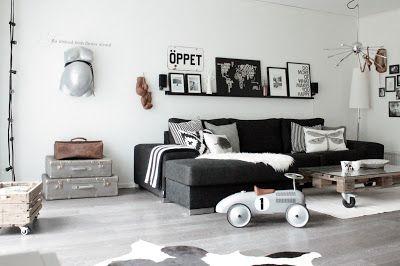 Fun, eclectic black & white, #livingroom